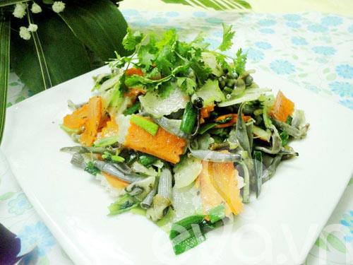 Ẩm thực Hạ Long