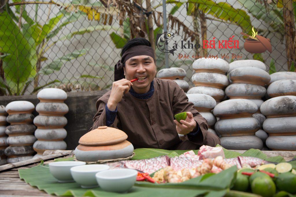 Chàng kỹ sư bỏ nghề đi kho cá Nguyễn Bá Toàn đã làm món cá kho của làng Vũ Đại trở lên trứ danh như thế