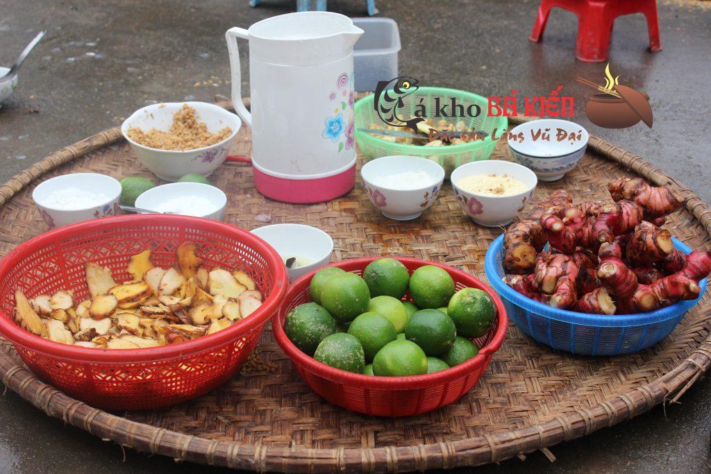 16 gia vị tại địa phương đã làm nên hương vị rất đặc biệt của món cá kho làng Vũ Đại